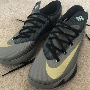 Nike - Precision Timing - Men's Sneakers